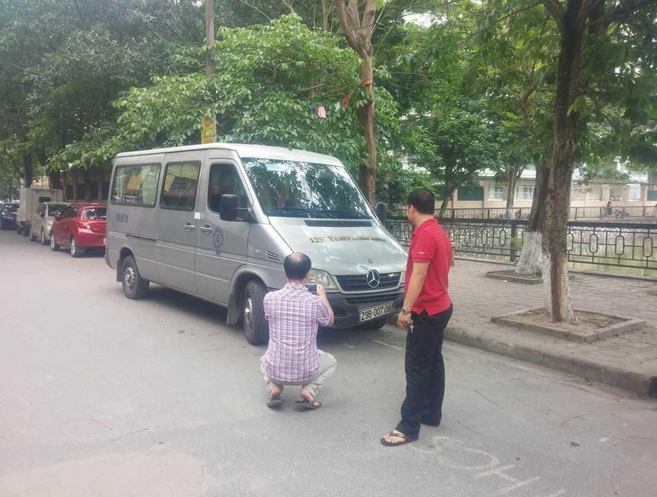 Chiếc xe được đưa về trụ sở công an để điều tra làm rõ.