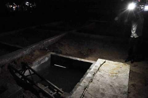 Bể nước, nơi 2 anh em cháu Lâm tử vong do đuối nước