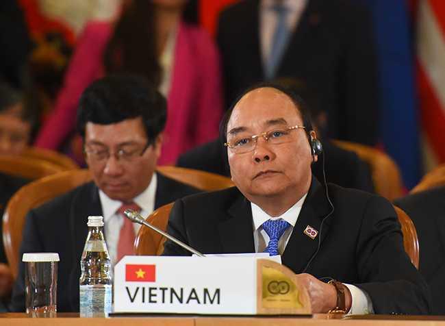 Thủ tướng Nguyễn Xuân Phúc dự phiên toàn thể Hội nghị cấp cao Kỷ niệm 20 năm quan hệ đối tác đối thoại ASEAN - Nga - Ảnh: Chinhphu.vn