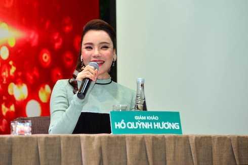 Hồ Quỳnh Hương bất ngờ trở lại ghế nóng The X-factor.