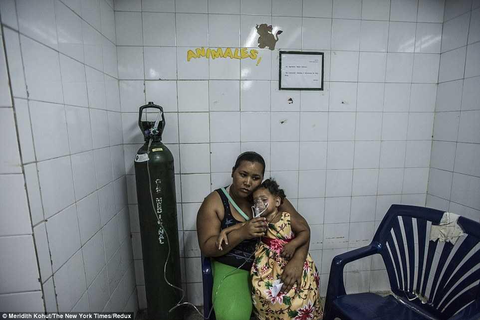 Trẻ em còn vất vả hơn nhiều lần khi cần điều trị trong thời gian này ở Venezuela