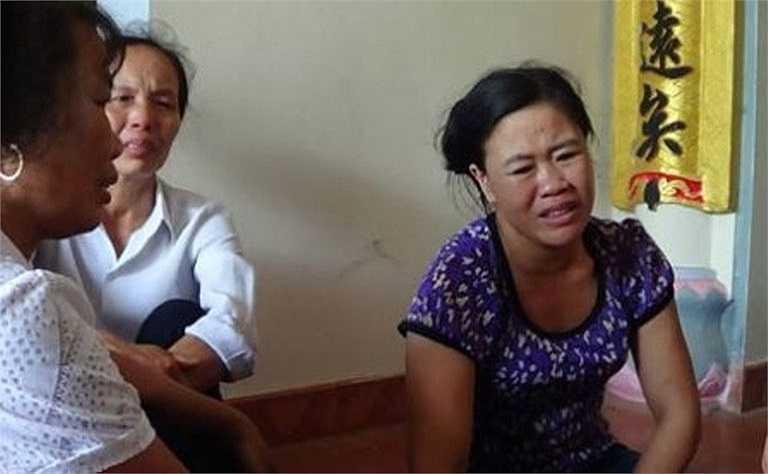 Người thân các nữ sinh bị đuối nước không tin nổi con em của họ đã ra đi sau buổi chiều định mệnh.