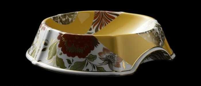 Gốm và vàng là những nguyên liệu tạo nên chiếc bát ăn đặc biệt này