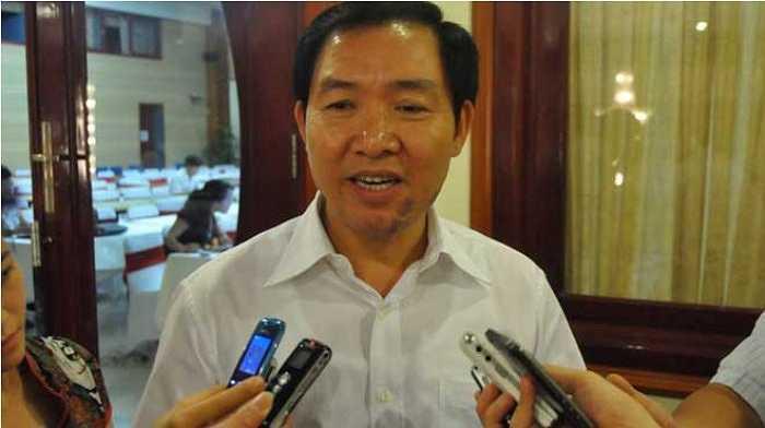 Dương Chí Dũng lúc đang là Chủ tịch, Tổng Giám đốc Vinalines trả lời phỏng vấn báo chí.