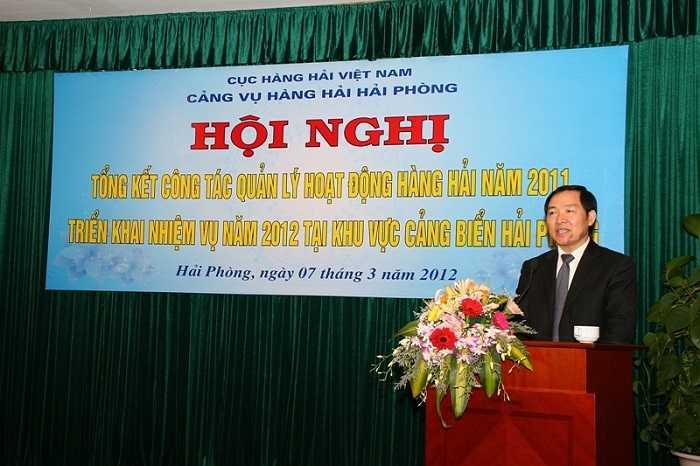 Dương Chí Dũng phát biểu tại một cuộc triển khai nhiệm vụ.