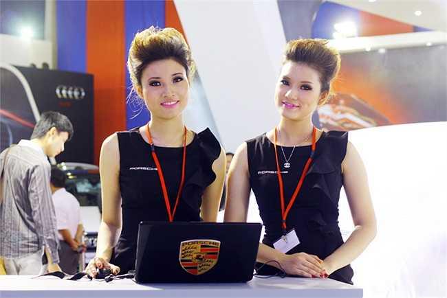 Hai cô gái xinh xắn của Porsche