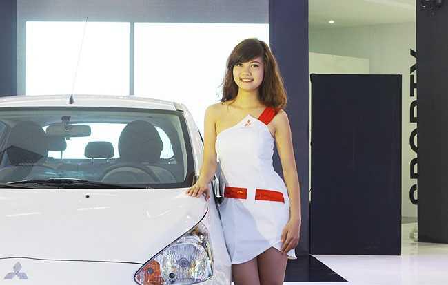 Người đẹp nền nã của Mitsubishi