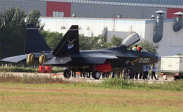 Hình ảnh được cho là chiếc máy bay tàng hình mới nhất của Trung Quốc