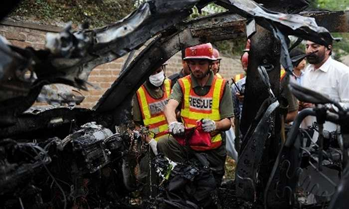 Cảnh sát Pakistan tại vụ đánh bom xe hơi vào lãnh sự quán Mỹ tại tỉnh Peshawar sáng 3/9