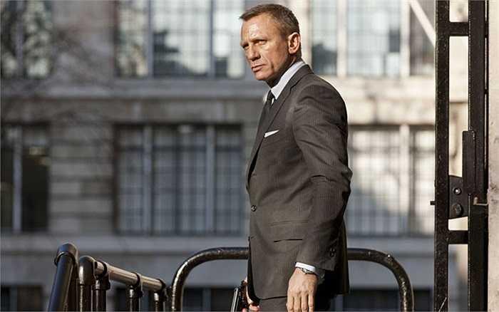 Diễn viên Daniel Craig trong vai Điệp viên 007 nhân 50 năm ngày ra đời series phim điện ảnh hấp dẫn này