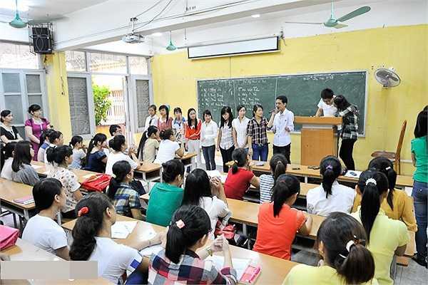 Lý Láo Lở hiện là sinh viên năm thứ nhất (lớp K57) Khoa Khoa học Quản lý, Đại học Khoa học Xã hội và Nhân văn (Đại học Quốc gia Hà Nội).