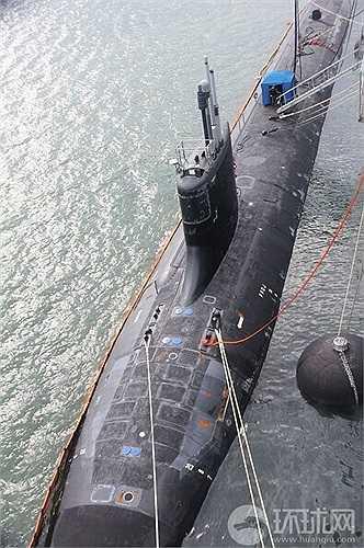 Tàu ngầm hạt nhân Mỹ, nhìn từ trên cao