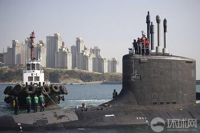 USS Hawaii là tàu ngầm Mỹ thứ tư cập cảng Vịnh Subic trong năm nay