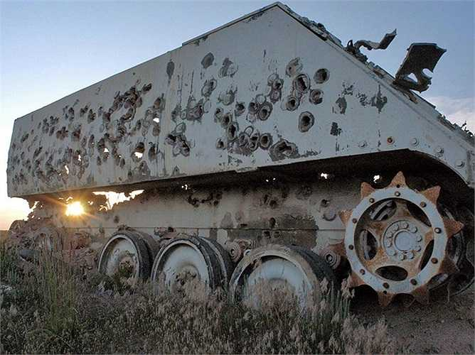 Hình ảnh cho thấy khả năng tấn công các phương tiện bọc thép của A-10