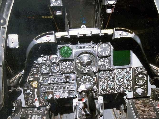 A-10 có sức sống rất mạnh mẽ, nó có thể vẫn chiến đấu bình thường khi trúng đạn và bị thương không quá nặng