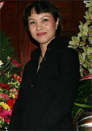 Cuộc thi Hoa hậu 1989 có tới 250 thí sinh dự thi, đã tạo ra cơn chấn động ở Việt Nam.  Giá vé chợ đen vào ngày trình diễn được đẩy lên từ 20.000 - 30.000 đồng; trong khi lương trung bình của một người dân bấy giờ chỉ 50.000 đồng.