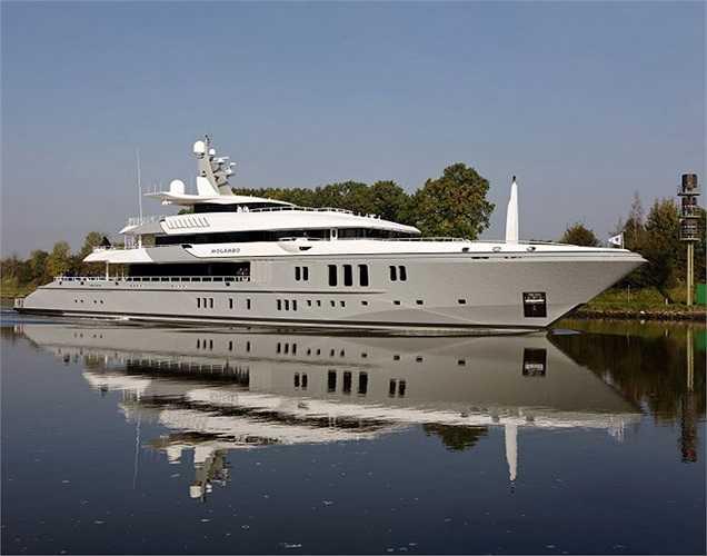 Du thuyền Mogambo, dài hơn 74m, là một trong những ứng viên lọt vào chung kết hạng mục 'Động cơ tốt nhất' thuộc giải thưởng Thiết kế Quốc tế 2012.(Ảnh: Monaco Yacht Show)