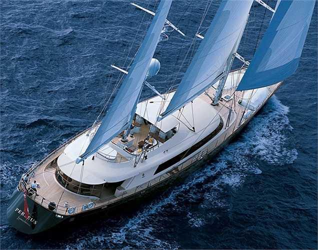 Du thuyền Silencio có chiều dài gần 50m và được trình làng từ năm 2001.(Ảnh: Monaco Yacht Show)