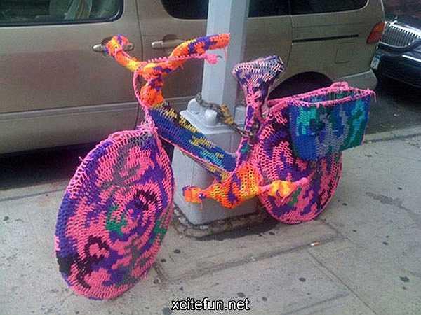Xe đạp cũng mặc áo len