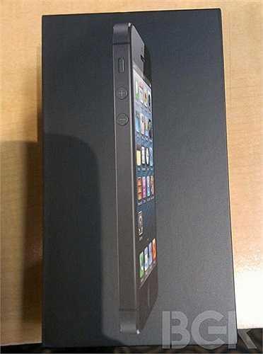 Chiếc iPhone 5 khi nhìn nghiêng (Nguồn ảnh: Boy Genius Report)