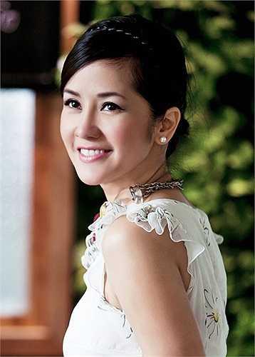 Ở chương trình lần này, những ca khúc của Dương Thụ, Thanh Tùng, Trịnh Công Sơn, Phú Quang... cũng sẽ được thổi vào đó một tinh thần mới, vừa quen thuộc nhưng chắc chắn sẽ lạ lẫm, qua tiếng hát Hồng Nhung.