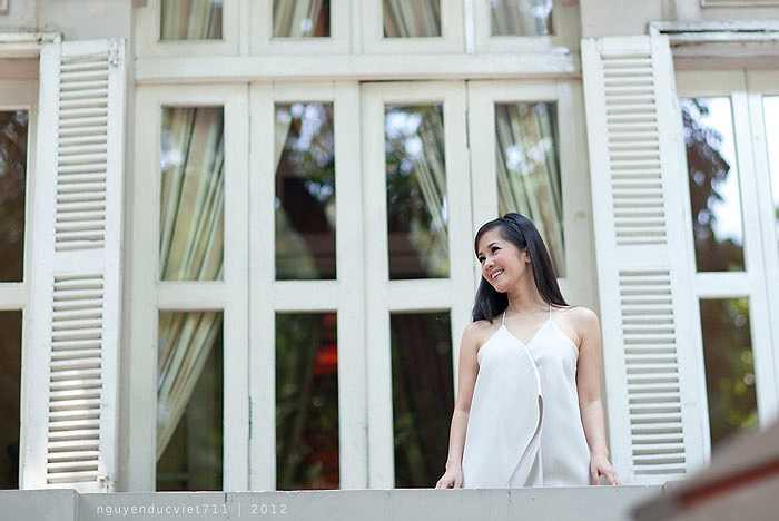 Trong chương trình lần này, Hồng Nhung sẽ trình bày những ca khúc gắn liền với tên tuổi của cô: Có phải em mùa thu Hà Nội, Nhớ về Hà Nội, Nhớ mùa thu Hà Nội, ...
