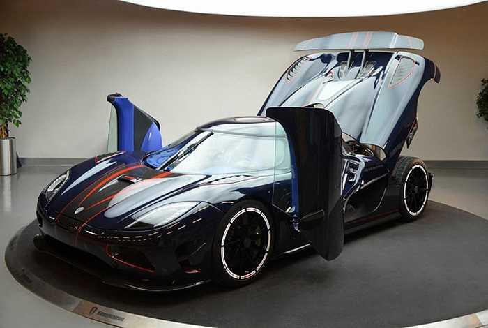 Phiên bản đặc biệt Agera R BLT Edition được phát triển từ phiên bản Agera R hiện đang giữ sáu kỷ lục thế giới về tốc độ.