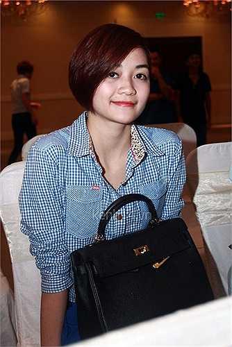 Thiều Bảo Trang - một trong những nhân vật chính trong scandal dàn xếp kết quả The Voice cũng lộ diện.