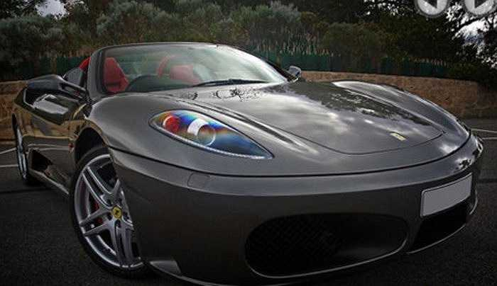 Ferrari Spyder.