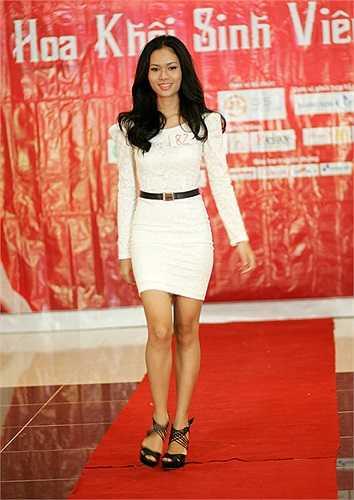 Hotgirl Linh Ấn cũng tham gia cuộc thi Imiss Thăng Long năm nay