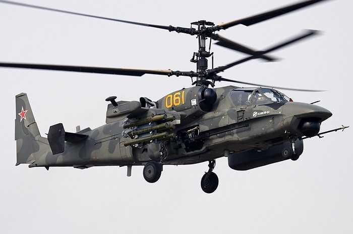 Máy bay trực thăng chiến đấu Ka-52 - Cá sấu chúa của Nga có khả năng trinh sát, phát hiện mục tiêu, phát động tấn công và tiêu diệt nhanh gọn các phương tiện mặt đất