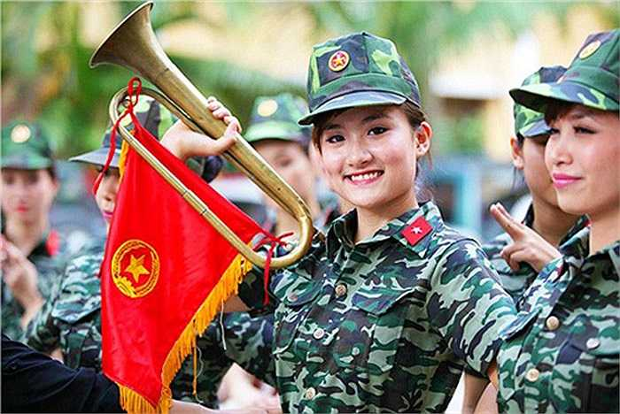 Trưởng thành từ Miss Tài năng Duyên dáng Hà thành 2012