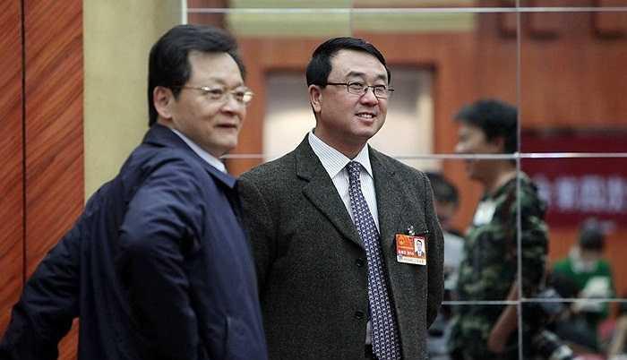 Ngày 13/3/2011, Vương Lập Quân được bầu giữ chức Đại biểu Quốc hội của thành phố Trùng Khánh