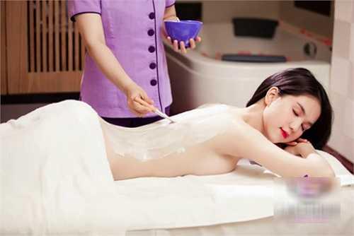 Ngọc Trinh dành nhiều thời gian và công sức để giữ gìn làn da đẹp của mình.
