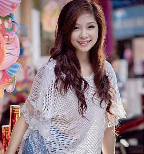 Cô gái 19 tuổi xinh đẹp này đã từng là Miss Trường THPT Phan Đình Phùng (Hà Nội)