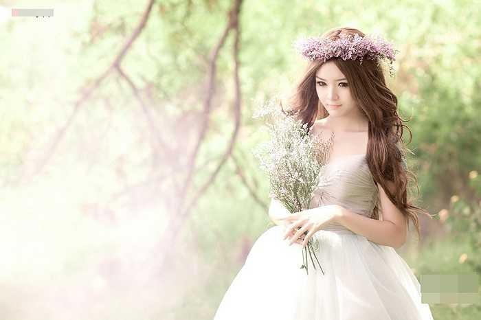 Như một cô công chúa xinh đẹp trong khu rừng