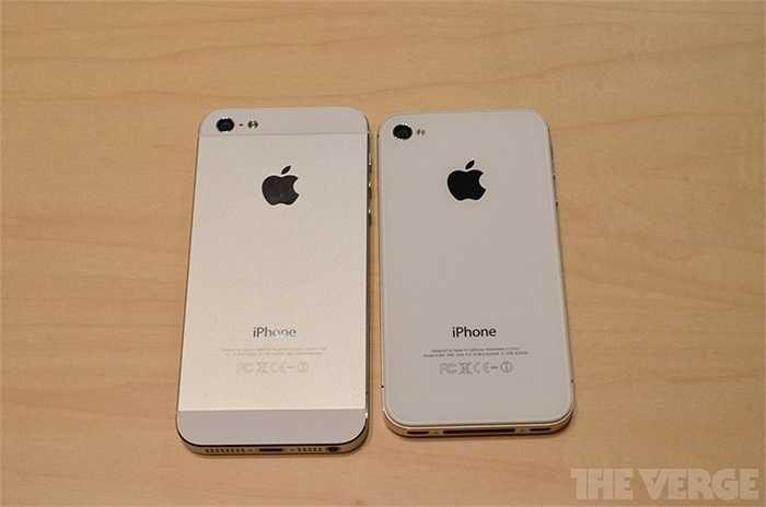 Mặt sau của iPhone 5 làm bằng nhôm, mặt sau của 4S được tráng lớp kính cường lực