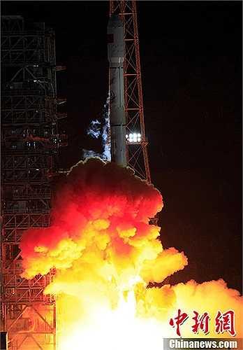 Mang theo hai vệ tinh Bắc Đẩu 14 và 15