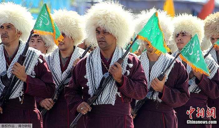 Màn biểu diễn của các binh lính Iran