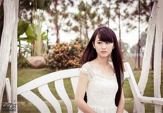 Sở hữu mái tóc dài, Bích Thảo được bạn bè gọi là công chúa tóc mây.