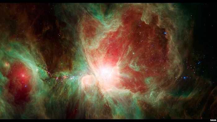 Tinh vân Orion là đám mây sao khổng lồ cách Trái đất 1500 năm ánh sáng
