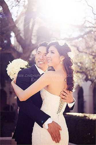 Ngọc Quyên khoe ảnh cưới cùng ông xã ngoại quốc.