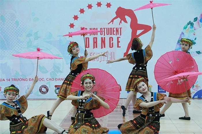 Liên hoan Múa không chuyên Sinh viên Hà Nội - Ha Noi Student Dance Festival 2014 là sự kiện chào mừng kỷ niệm 83 năm ngày thành lập Đoàn TNCS Hồ Chí Minh do Đại học Phương Đông tổ chức.