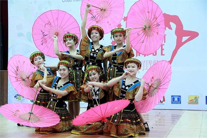 Đây là hoạt động có ý nghĩa trong việc bảo tồn và phát huy bản sắc văn hóa dân tộc, góp phần gìn giữ nghệ thuật múa dân gian đặc sắc tiêu biểu của các dân tộc, các vùng miền trong cả nước