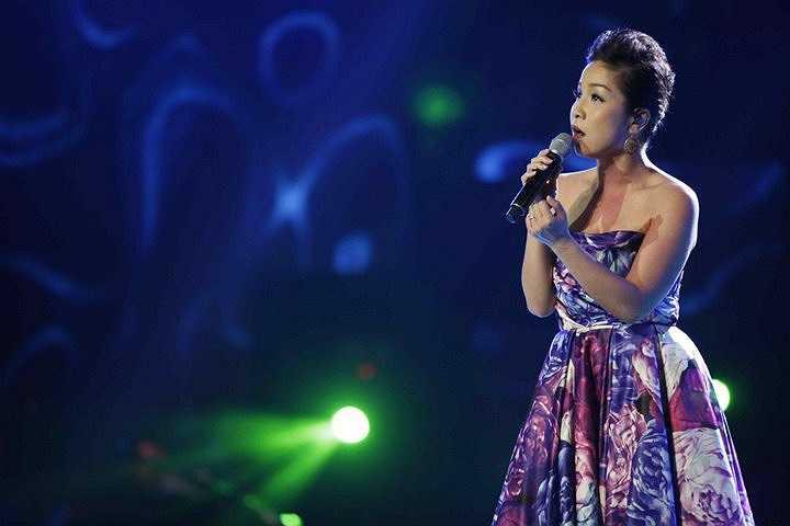 Mỹ Linh xuất hiện tại đêm mở màn với vai trò khách mời.