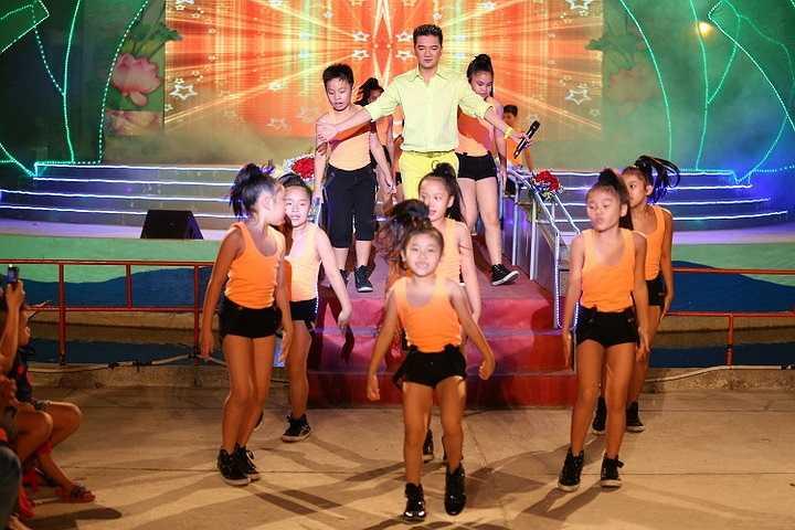 Ngoài ra, đây còn là một chiến thắng ý nghĩa tôn vinh tài năng của nhạc sỹ gạo cội Trần Tiến cũng như tôn vinh dòng nhạc Đỏ.