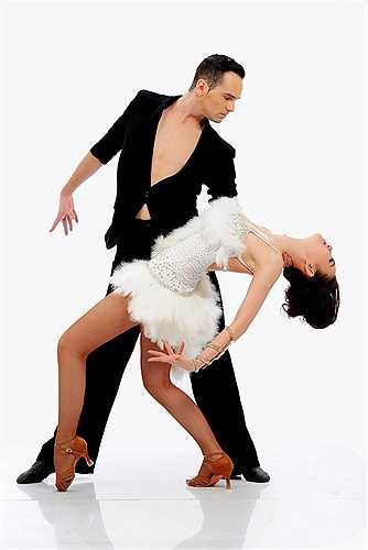 Khi nhìn các bạn nhảy nghĩ rằng đơn giản nhưng khi bắt tay vào tập luyện, Thu Thủy nhận ra đây là bộ môn đòi hỏi phải có sức khỏe dẻo dai. Trong đêm thi tối 8/2 của chặng đầu, Thu Thủy và bạn nhảy Daniel đạt số điểm cao nhất.
