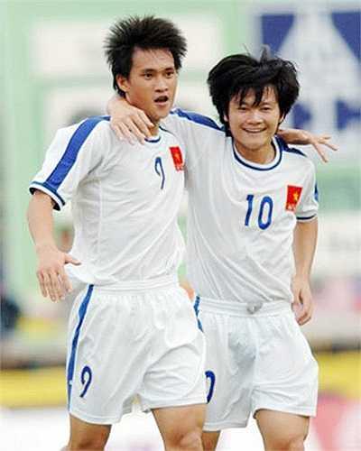 Cặp đôi sát thủ của bóng đá Việt Nam