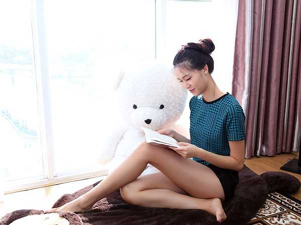 Đây là nơi Hoa hậu thường tận dụng ánh sáng tự nhiên vào sáng sớm và buổi chiều để đọc sách.