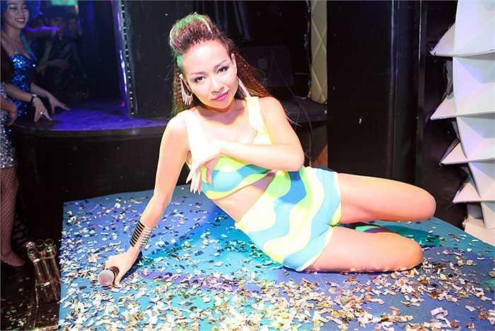 Sau đêm tiệc này, Thảo Trang sẽ chuẩn bị lên đường đi Mỹ